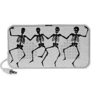 Squelettes de danse haut-parleurs ordinateur portable