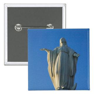 statue de 118 pieds de Vierge Marie sur San Badges