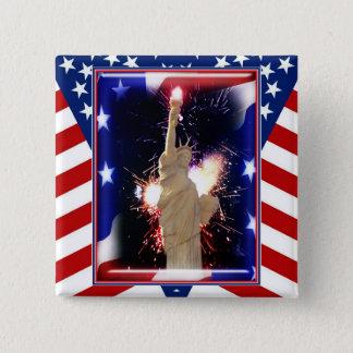 Statue de la liberté avec des feux d'artifice pour badges