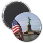 Statue de la liberté avec le drapeau américain aimants