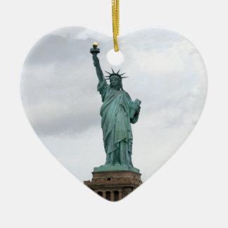 Statue de la liberté ornement cœur en céramique
