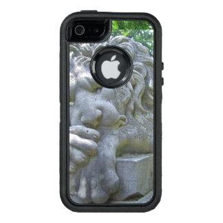 Statue triste de lion coque OtterBox iPhone 5, 5s et SE