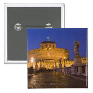 Statues d'ange sur le Ponte Sant'Angelo avec Badges
