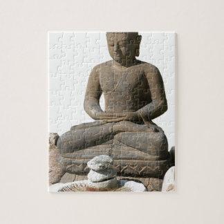 Statut de Bouddha (arrière - plan blanc) Puzzle