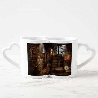 Steampunk - pièce d'outil d'un homme fol tasse duo