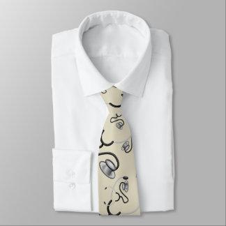 Stéthoscopes drôles pour des médecins sur le cravates