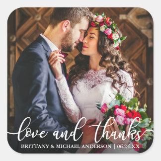 Sticker Carré Amour et mercis épousant la photo de Merci