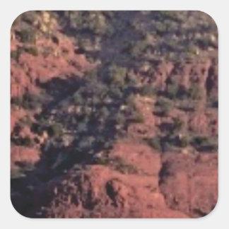Sticker Carré bosses et morceaux dans la roche rouge