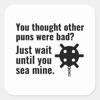 Sticker Carré Calembour de mine de mer