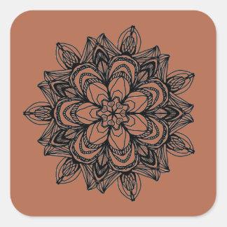 Sticker Carré Conception florale noire complexe de médaillon