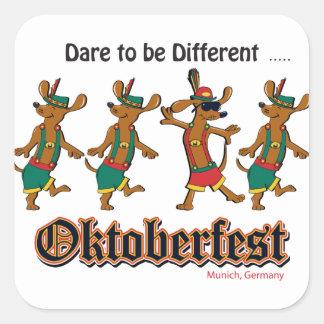 Sticker Carré Défi-à-Être-Différent-Oktoberfest