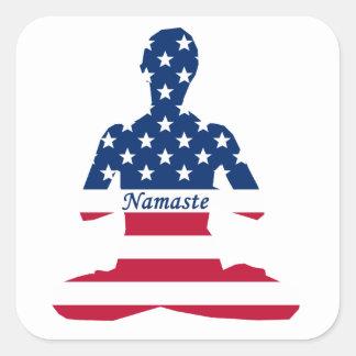 Sticker Carré Drapeau de yoga d'Américain de méditation des