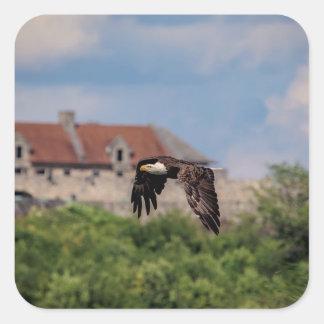 Sticker Carré Eagle chauve passant le fort Ticonderoga
