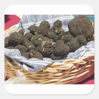 Sticker Carré Groupe de truffes noires chères italiennes