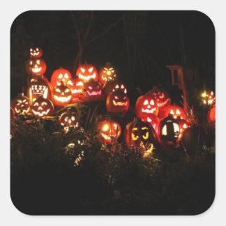 Sticker Carré Halloween Jack-o'-lantern recueillant des