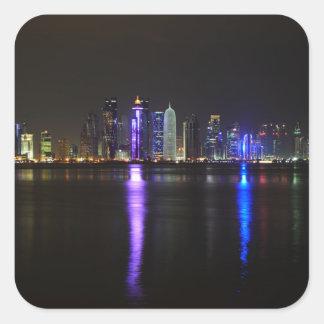Sticker Carré Horizon de Doha, Qatar à l'autocollant de nuit