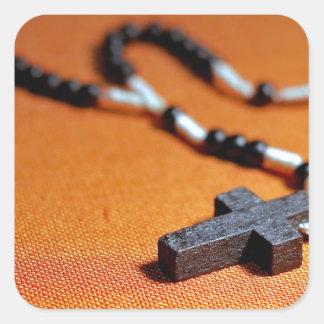 Sticker Carré la croix en bois de chapelet
