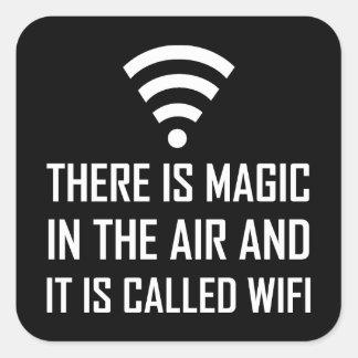 Sticker Carré La magie dans le ciel est Wifi