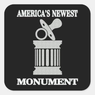 Sticker Carré Le plus nouveau monument de l'humour | Amérique