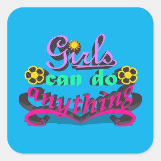 Sticker Carré Les filles peuvent faire n'importe quoi