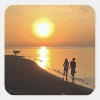 Sticker Carré Lever de soleil de Bali sur la plage