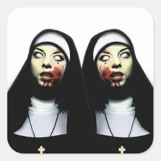 Sticker Carré Nonnes d'horreur