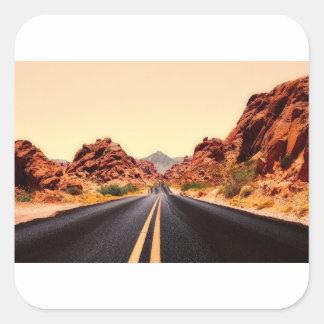 Sticker Carré Paysage de voyage de route de route de montagnes