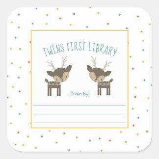 Sticker Carré Première bibliothèque de jumeaux, cerf commun