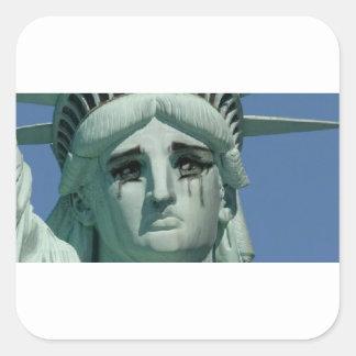 Sticker Carré Statue de la liberté pleurante