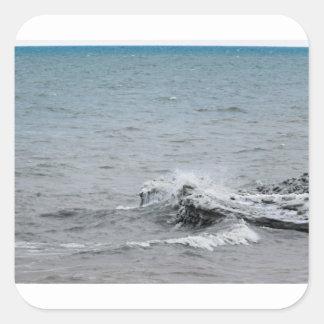 Sticker Carré Vagues sur la glace