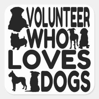 Sticker Carré Volontaire qui aime des chiens