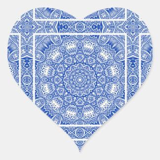 Sticker Cœur Beau motif bleu et blanc de tuile de mandala