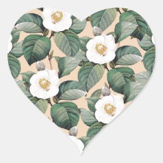 Sticker Cœur Camélia blanc sur le motif beige