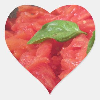 Sticker Cœur Cuisson de la sauce tomate faite maison utilisant