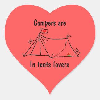 Sticker Cœur Dans le calembour campant d'amants de tentes