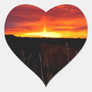 Sticker Cœur Le feu dans le ciel au lever de soleil