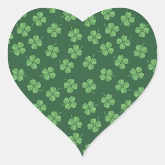 Sticker Cœur L'Irlandais celtique vert quatre a poussé des