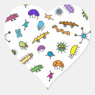 Sticker Cœur Mini insectes et mini bêtes