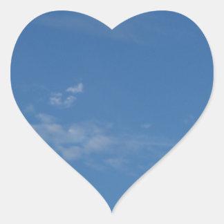 Sticker Cœur nuages bleu-foncé de blanc de ciel