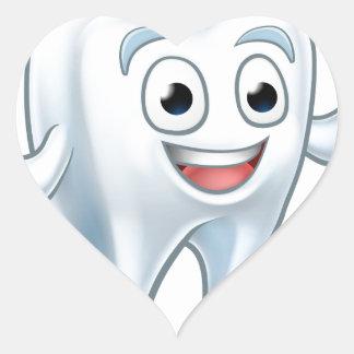 Sticker Cœur Personnage de dessin animé de mascotte de dent