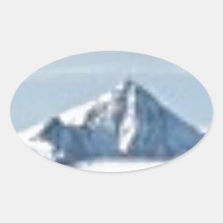 Sticker Ovale au-dessus des nuages