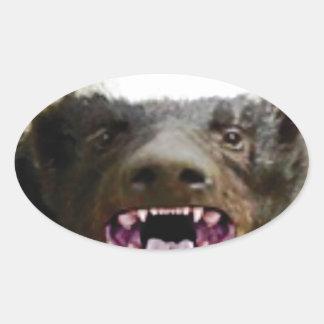Sticker Ovale blaireau de miel de morsure de bouche