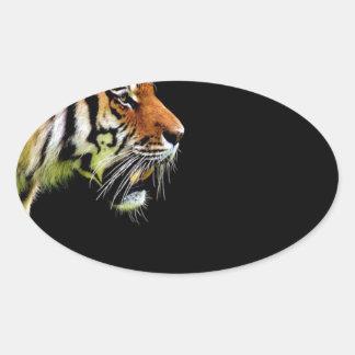 Sticker Ovale Chat dangereux de fourrure prédatrice de tigre