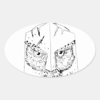 Sticker Ovale Dessin spartiate de casque de hibou à cornes