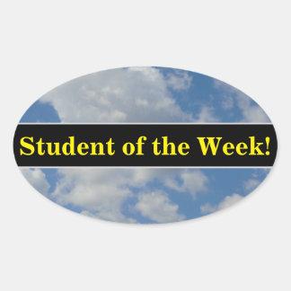 Sticker Ovale Éloge d'étudiant + Nuages blancs/gris et ciel bleu