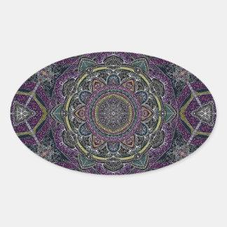 Sticker Ovale Étoiles sacrées et dentelle de mandala pourpres et