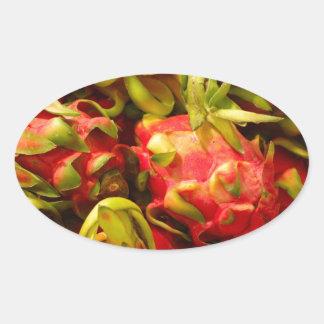 Sticker Ovale Fruit de dragon dans un panier