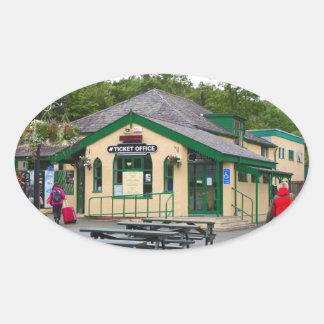 Sticker Ovale Gare ferroviaire de montagne de Snowdon,