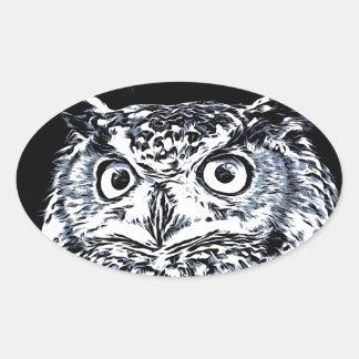 Sticker Ovale Grand art de hibou d'oreille
