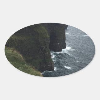 Sticker Ovale Les falaises de Moher